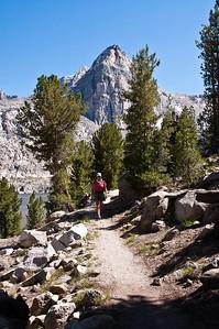 sierra-mountains-hiker