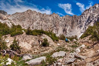 sierra-mountains-backpacker-5