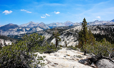 sierra-mountains-vista-panorama