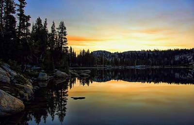 peter-pande-lake-dusk