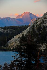 sierra-mountains-lake-sunset-3