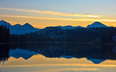 sierra-mountains-lake-dawn