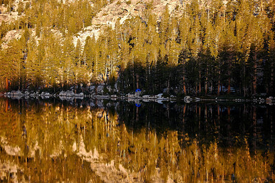 mountain-lake-reflection-camping