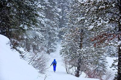 snow-hiker-3
