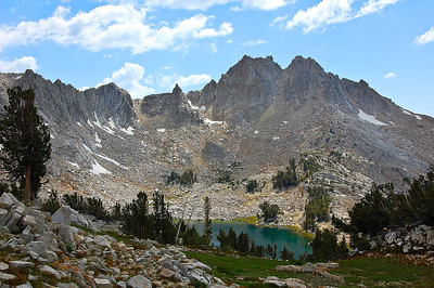 sierra-mountains-lake-view-2