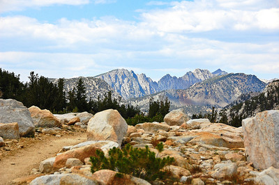 sierra-mountains-trail-4