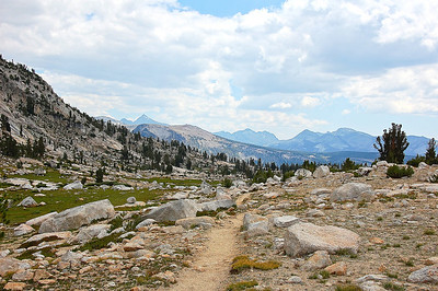 sierra-mountains-trail-2-Edit
