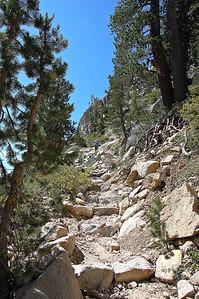 sierra-mountains-hiking