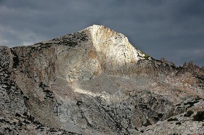 sierra-mountain-light-2