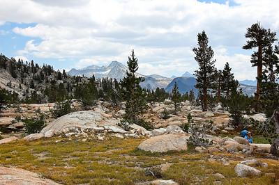 sierra-mountains-hiking-3