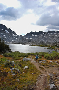 sierra-mountains-lake-hiker