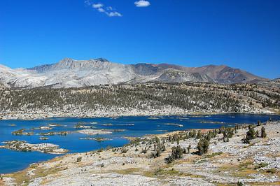 sierra-mountains-1000-islands-lake-2