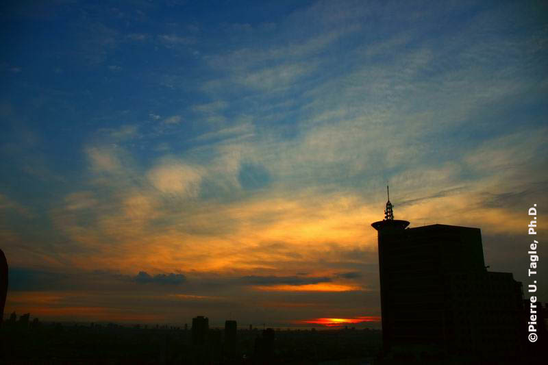 Sunset view from on top of one of the buildings in Ortigas Center, Pasig City, Philippines