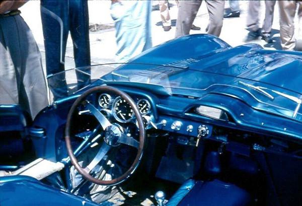 #1 - FIA - 1957 - Sebring - John Fitch, Piero Taruffi, Corvette SS Prototype
