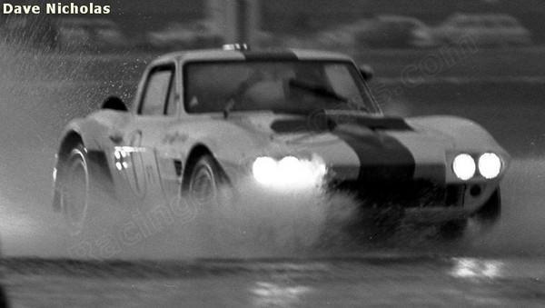 # 1 - FIA - 1965 - Sebring - Delmo Johnson, Dave Morgan, Ed Sevadjian