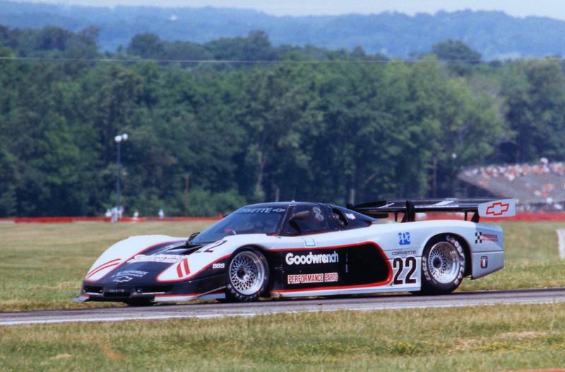 # 22 - 1977 IMSA GTP Doc Bundy at Mid-Ohio, Terry Capps phto
