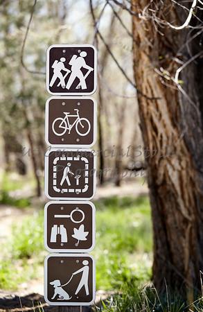 Outdoor sign hike walk bike dog nature trail guide