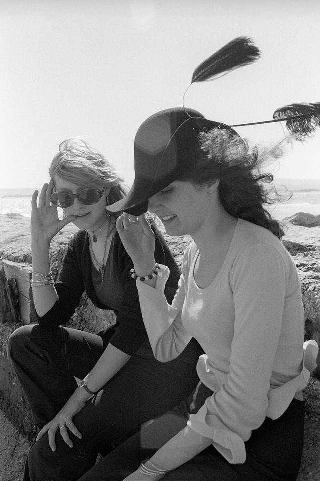 Sue & Georgie, Sandbanks (1971)