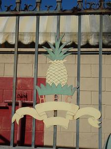 Old Metal Hawaiian Pineapple Company Logo