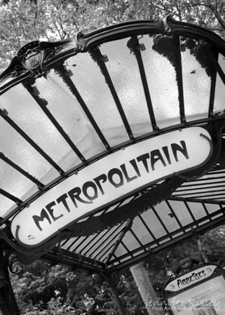 Abbesses Metro