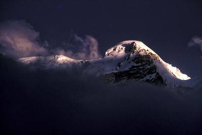 Kanchenjau seen from Giagong on the North Sikkim plateau