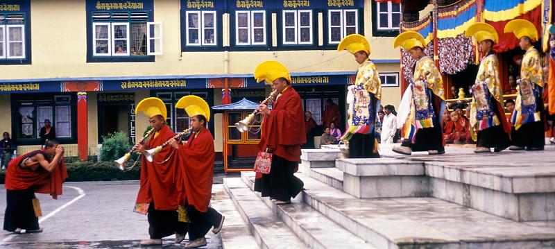 Ralang Monastery - the photographer lama!