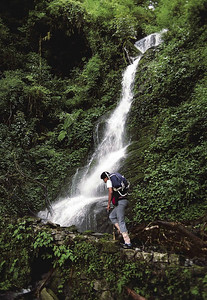 Monsoon trekking between Yuksam and Bakhim
