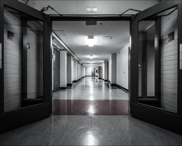 Hallway, 2016. (MS) ©Luke Potter