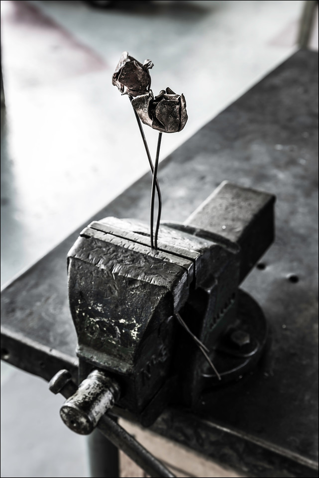 Metal Flowers, 2016. ©Luke Potter