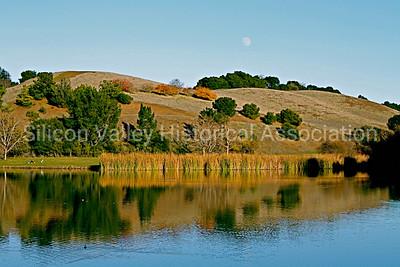 Boronda Lake in the Fall at Foothills Park in Palo Alto, California