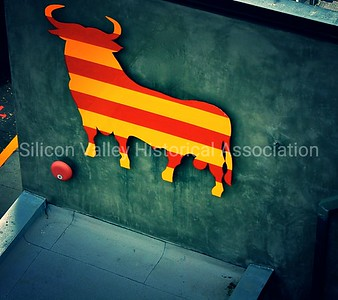 JOYA Restaurant and Lounge Striped Bull in Downtown Palo Alto