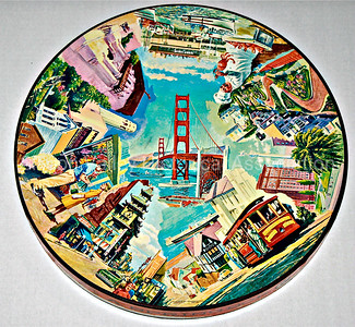 1965 San Francisco themed circular puzzle box by Springbok