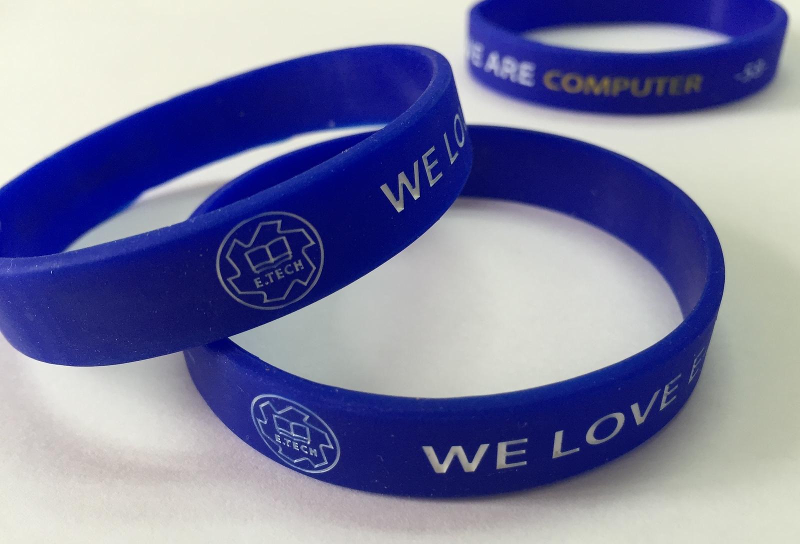E.TECH WE LOVE ARE COMPUTER ริสแบนด์