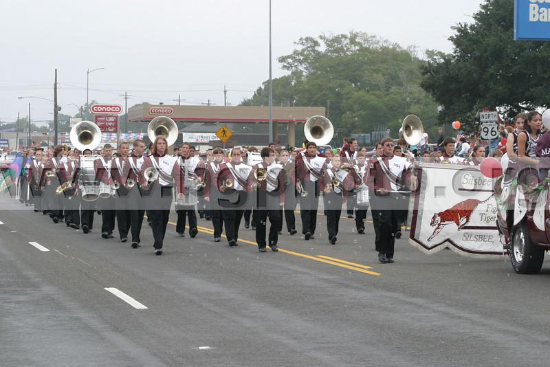 Parade03 002