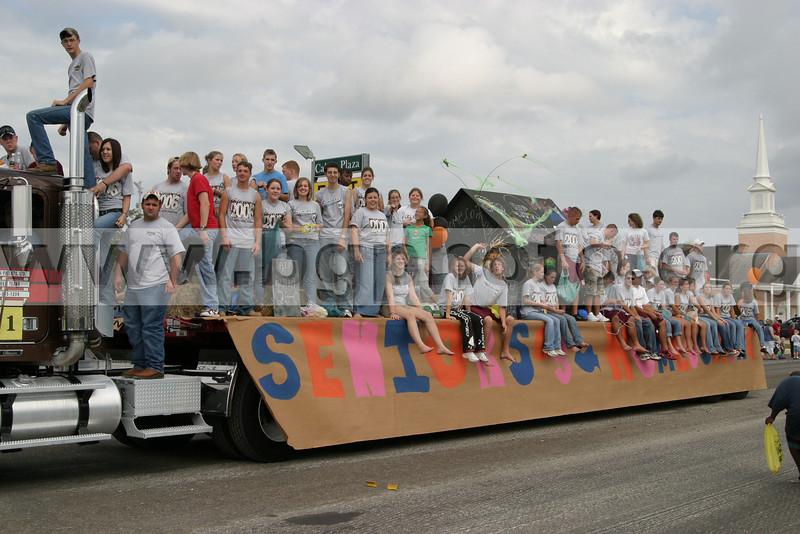 Parade04-027