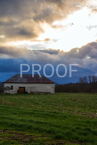 Old barn in Silvana, WA