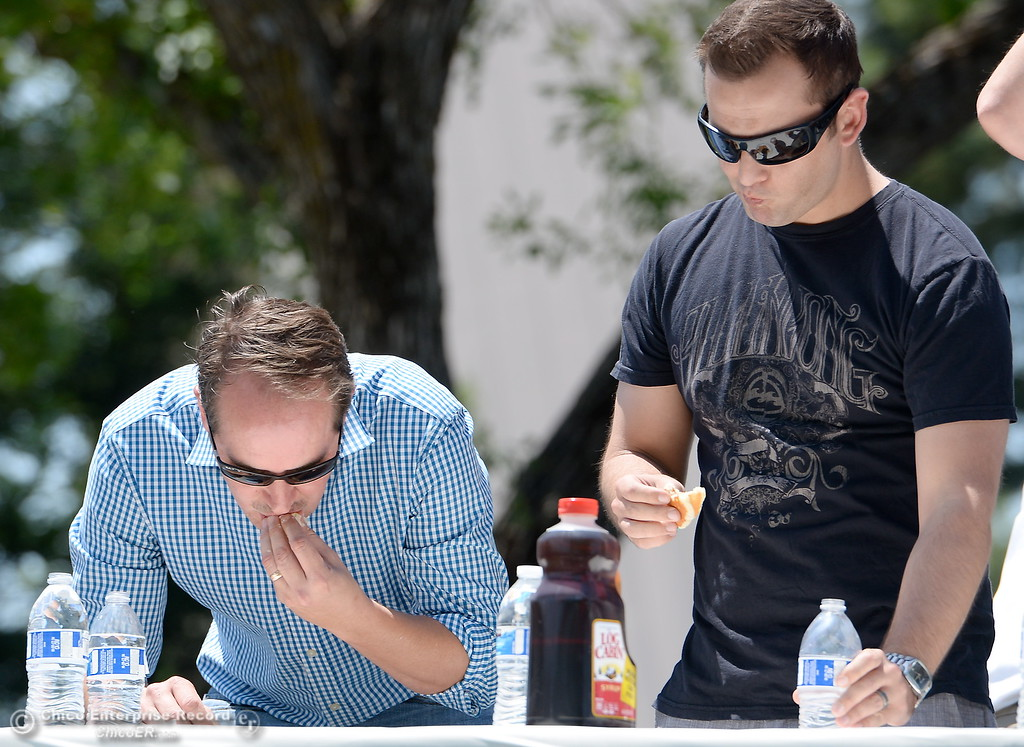 . during the celebrity edition of the World Championship Pancake Eating Contest at the Silver Dollar Fair in Chico, Calif. Saturday May 28, 2016.  (Bill Husa -- Enterprise-Record)