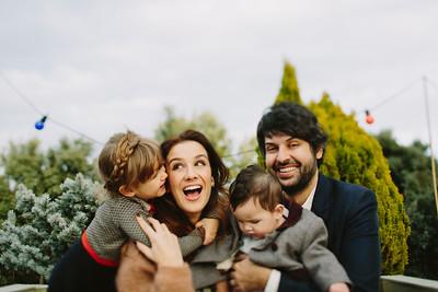Silvia, Antonio y famlia