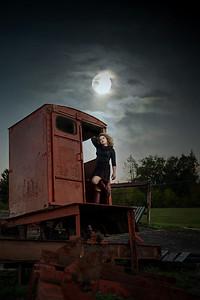simone train car night sky 1