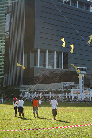Kite festival and Nat Geo photo exhibit