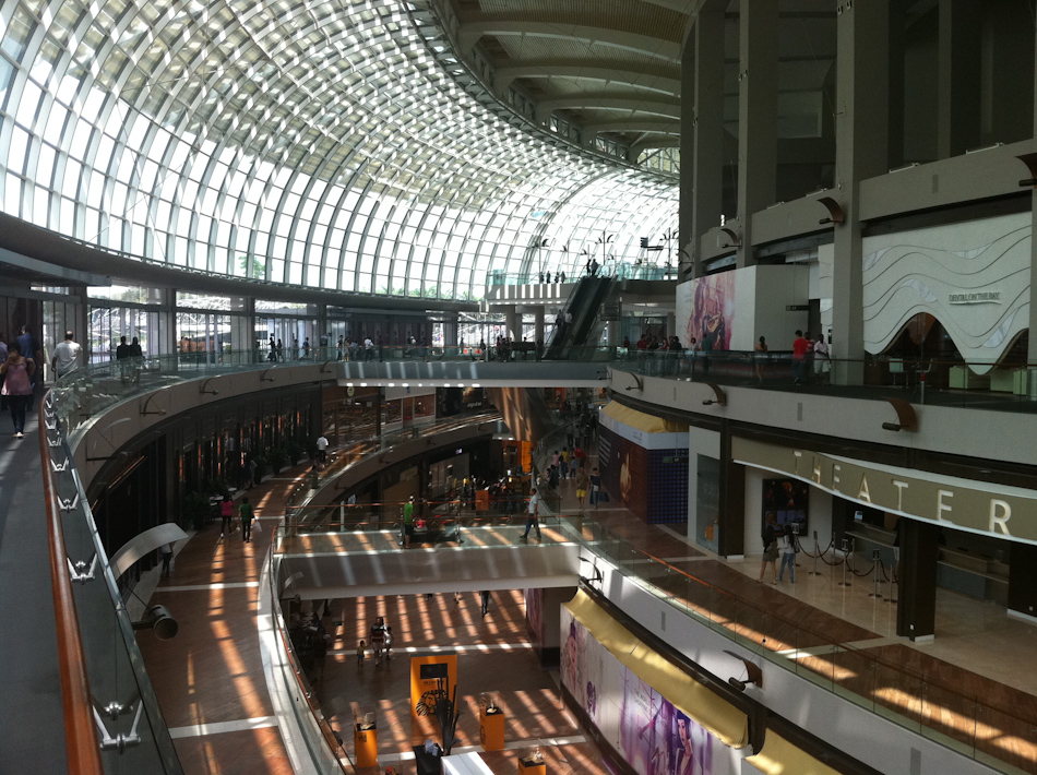 Marina Bay Sands - The Shoppes. Inside the complex