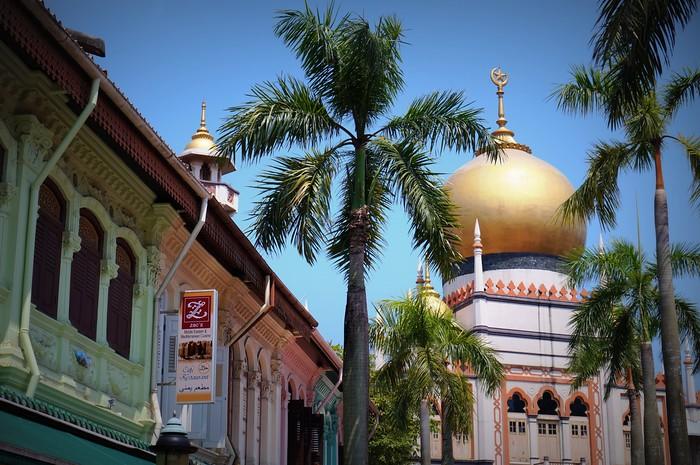 The mosque in Singapore's Arab Quarter.