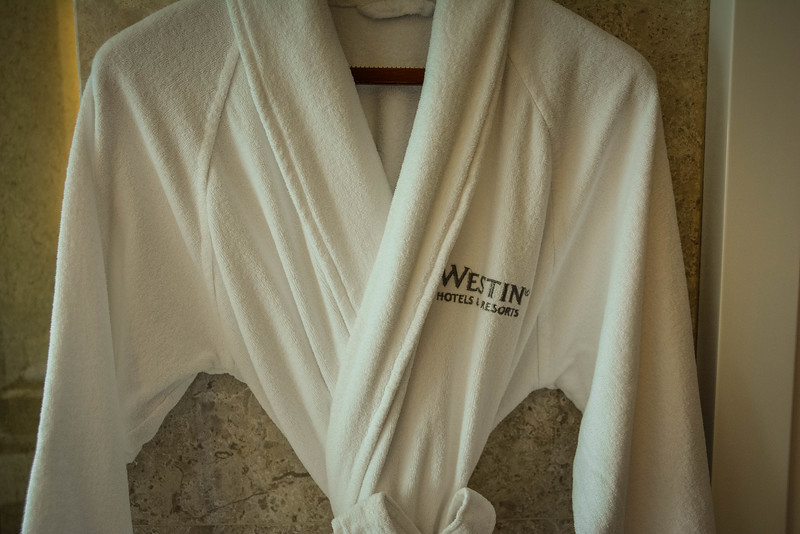 westin singapore hotel robes