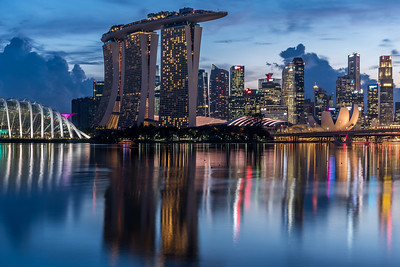 Beautiful Marina Bay skyline at dusk.
