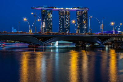 View of Marina Bay Sands from Queen Elizabeth Walk.