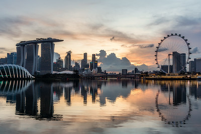 Gorgeous Marina Bay skyline at sunset.
