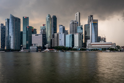 View of Singapore's CBD skyscrapers.