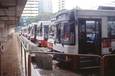 Singapore Bus Services Line Up Whampoa Gardens Singapore 1 Sep 98