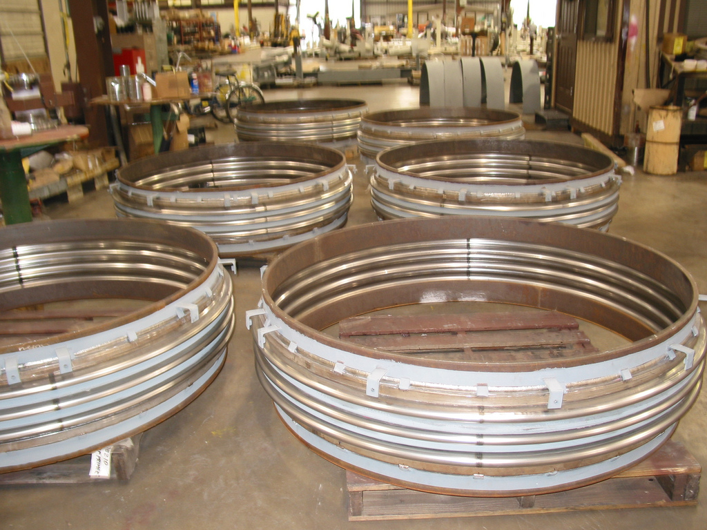 Single Reinforced Metal Expansion Joints (11/30/2005)