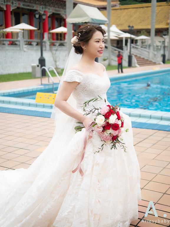 新祕,Ariesybaby造型團隊,白紗造型,戶外證婚造型,蓬鬆線條